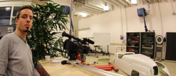 Klaas Pelser filmt inscannen Burton op Fontys Eindhoven.