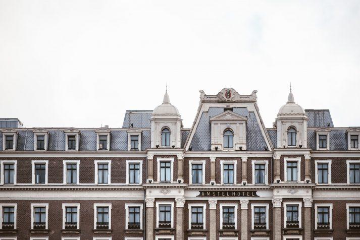 Amstel Hotel Dakrand details