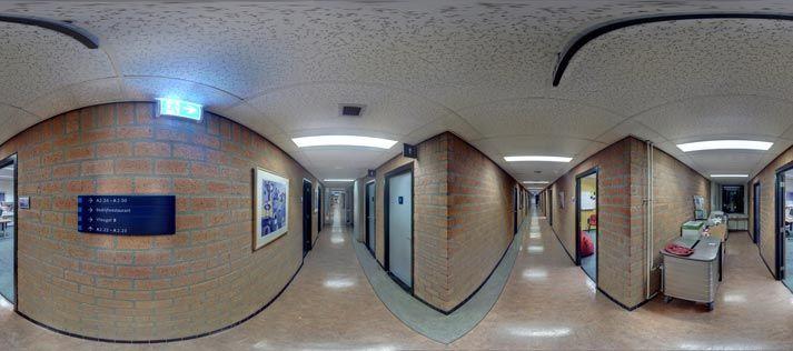 Voorbeeld van panoramafoto's van het gebouw en de omgeving.