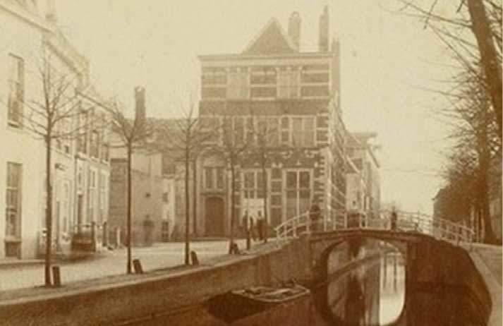 Foto Weesbrug Delft in de 19e eeuw